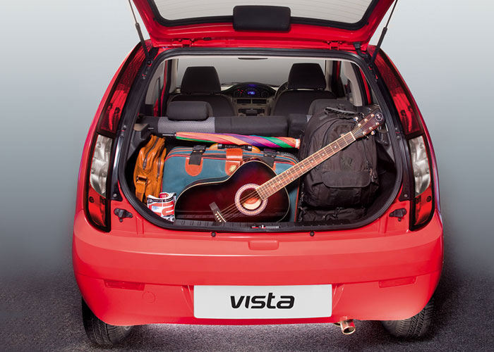 232L boot space offers larger luggage carrying capacity