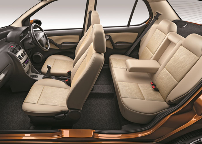 Tata Indigo eCS Dual Toned Interiors & Best-in-class Space